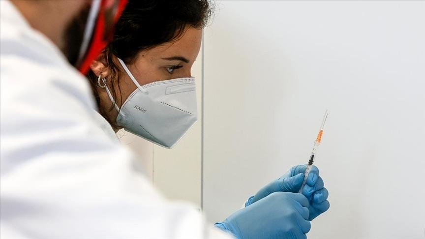 Dünya genelinde 1,9 milyar dozdan fazla Kovid-19 aşısı yapıldı