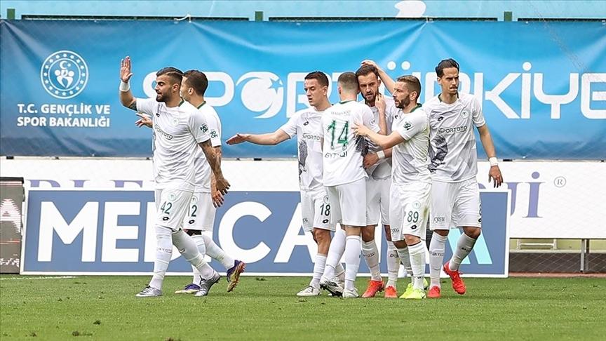 Konyaspor 3 puanı 5 golle aldı