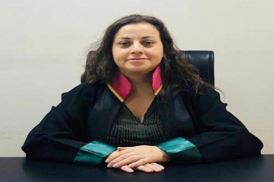 Avukatı falçatayla rehin alan sanığa 6 yıl 8 ay hapis cezası