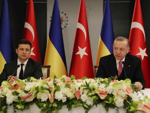 """""""Karadeniz'in bir barış, huzur ve iş birliği denizi olmaya devam etmesi temel hedefimizdir"""""""