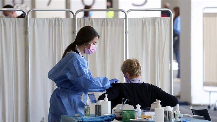 Dünya genelinde 3 milyar 220 milyon dozdan fazla Kovid-19 aşısı yapıldı