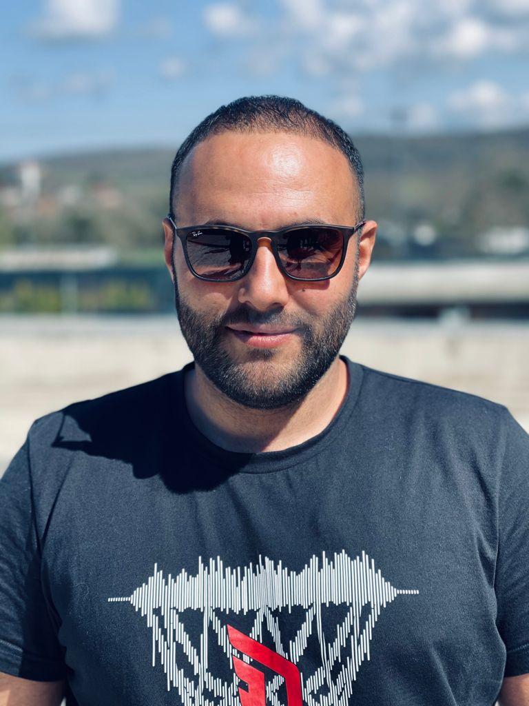 Bursa'da Genç iş adamı İnanç Sezer gönüllere dokundu