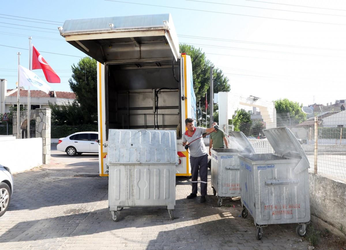 Mudanya'da temizlik çalışmaları devam ediyor