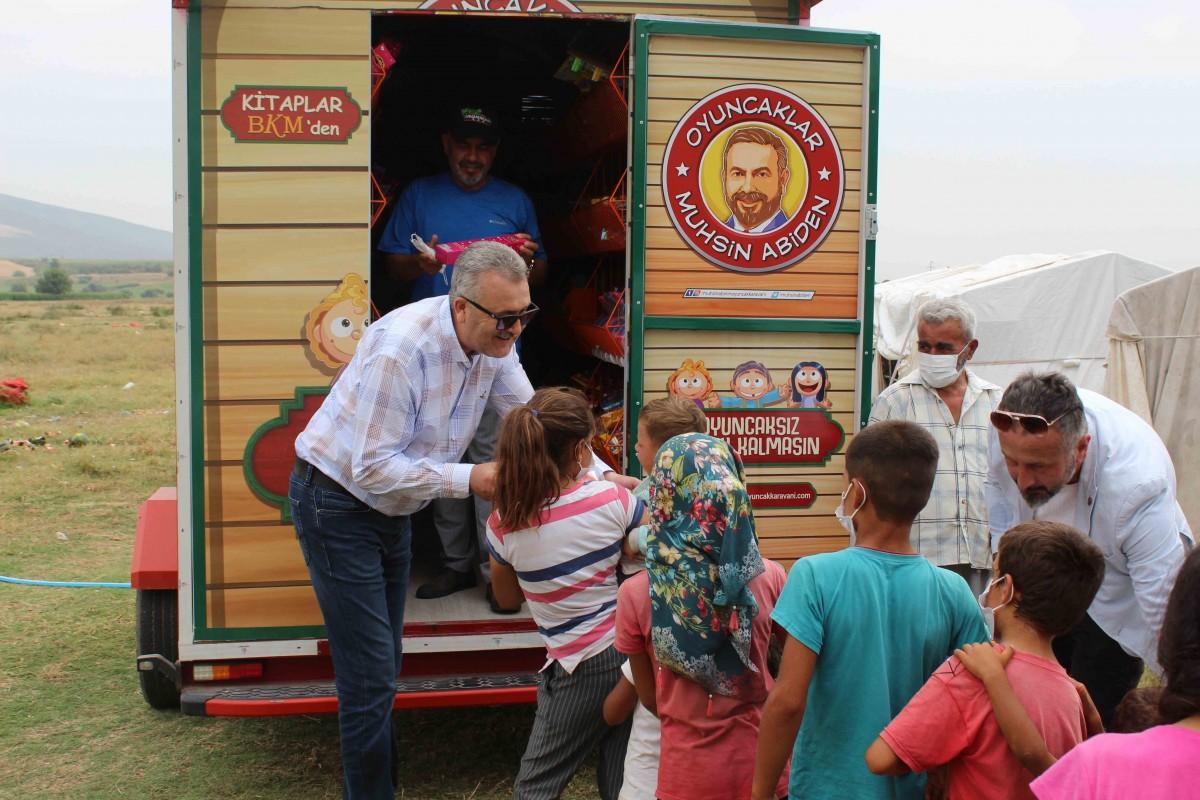 Karacabey'de çocukların yüzünü güldüren organizasyon