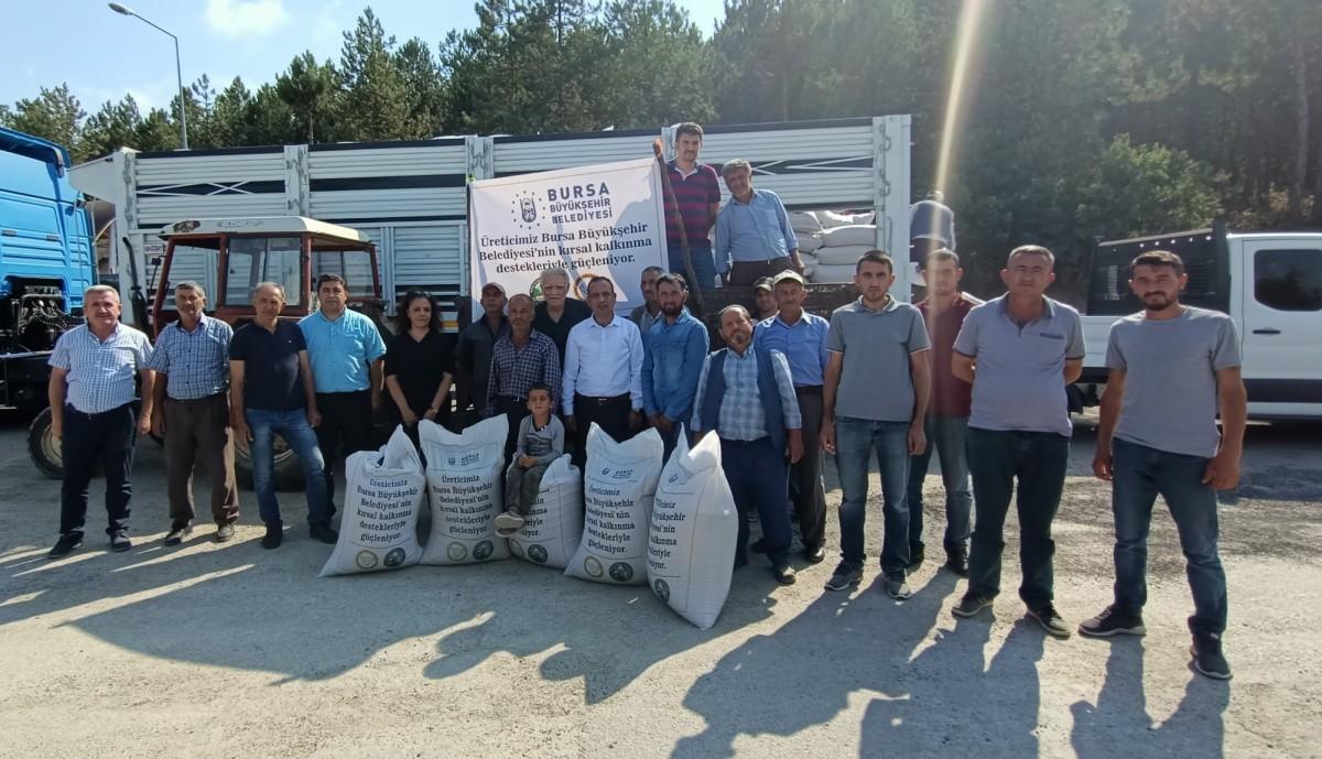 Bursa Büyükşehir Belediyesinden Besiciye yem desteği