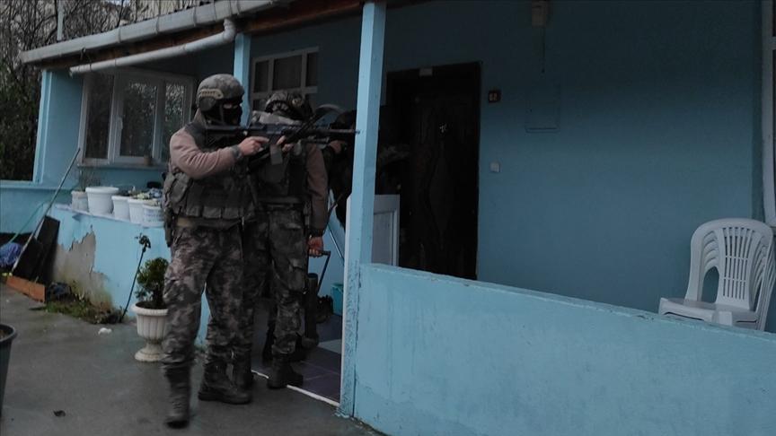 Uyuşturucu satıcılarına yönelik operasyonda 25 şüpheli yakalandı