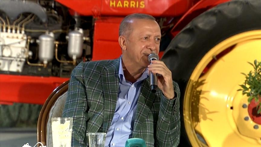 Cumhurbaşkanı Erdoğan: Yeşil Kalkınma Devrimi'nde de en büyük desteği gençlerimizden alıyoruz