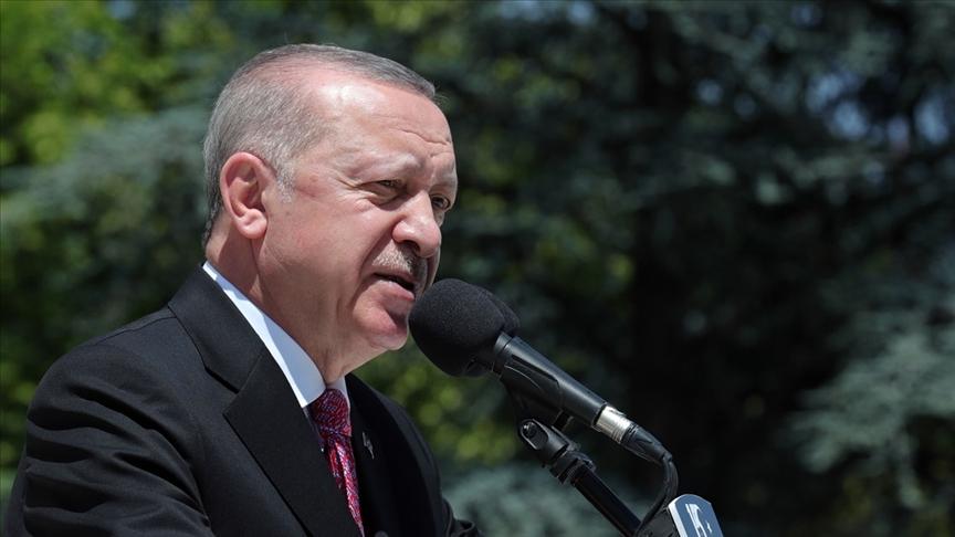 Cumhurbaşkanı Erdoğan: Rize'de yaraların sarılması için tüm imkanlarımızla vatandaşların yanındayız