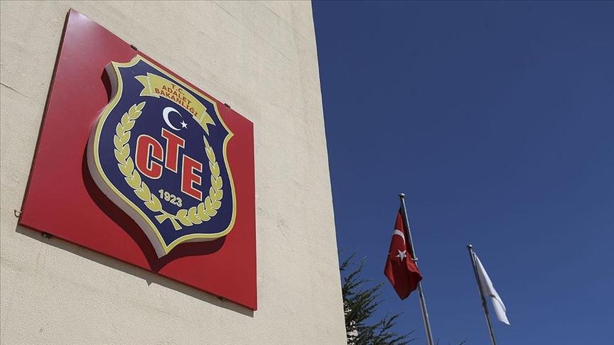 Açık cezaevlerindeki hükümlülerin Kovid-19 izni 2 ay uzatıldı