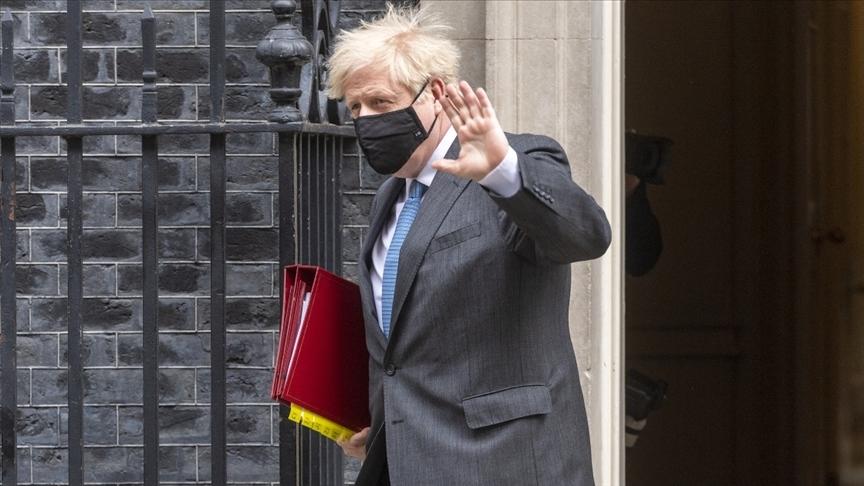 İngiltere Başbakanı Johnson, İskoçya'da ikinci bir bağımsızlık referandumunu 'sorumsuzluk' olarak niteledi