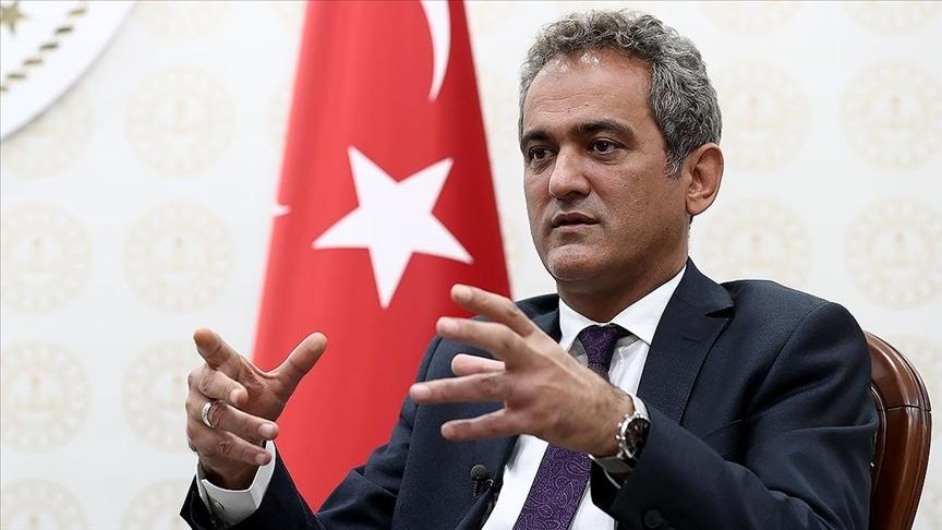 Milli Eğitim Bakanı Özer'den önemli açıklamalar