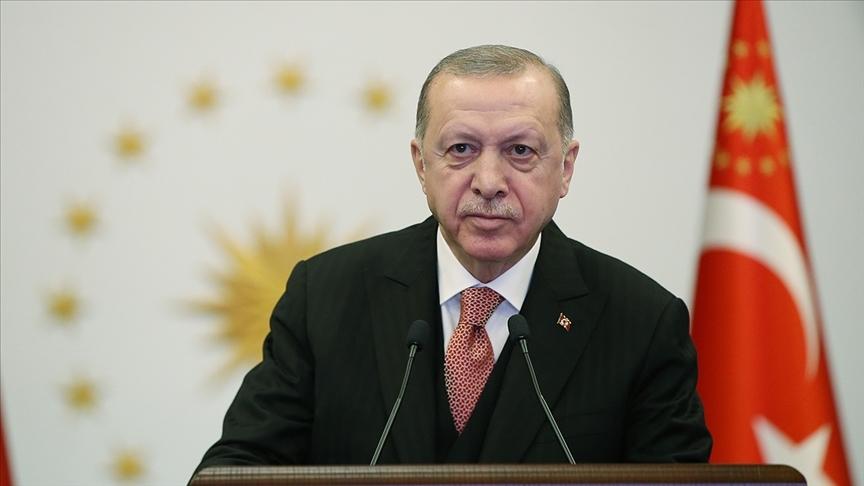 Cumhurbaşkanı Erdoğan, Kadir Gecesini tebrik etti