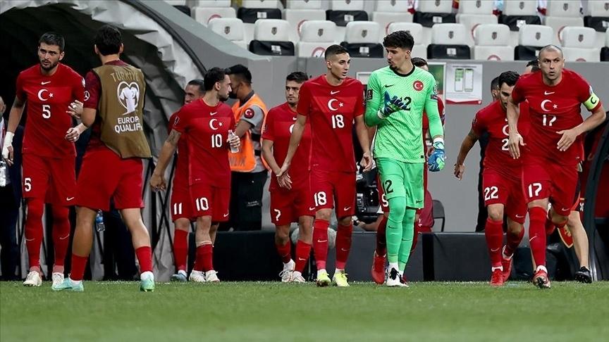 A Milli Futbol Takım'ın mesaisi başlıyor