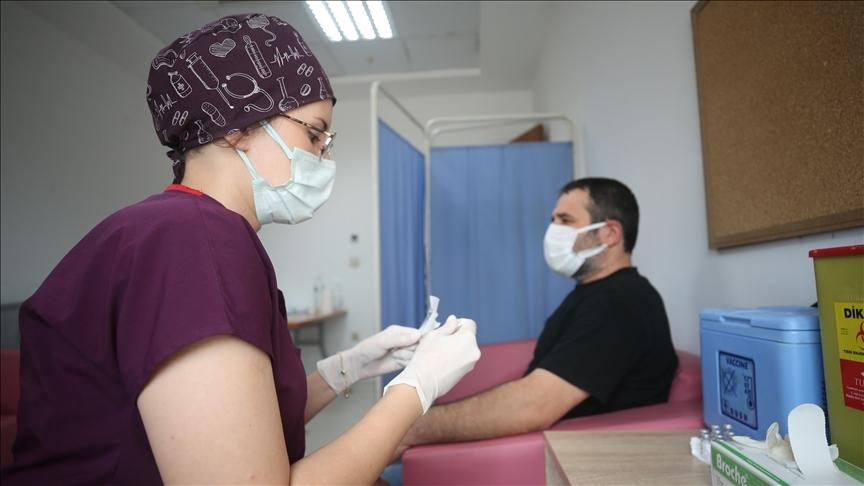 Türkiye'de 20 bin 33 kişinin Kovid-19 testi pozitif çıktı, 278 kişi hayatını kaybetti