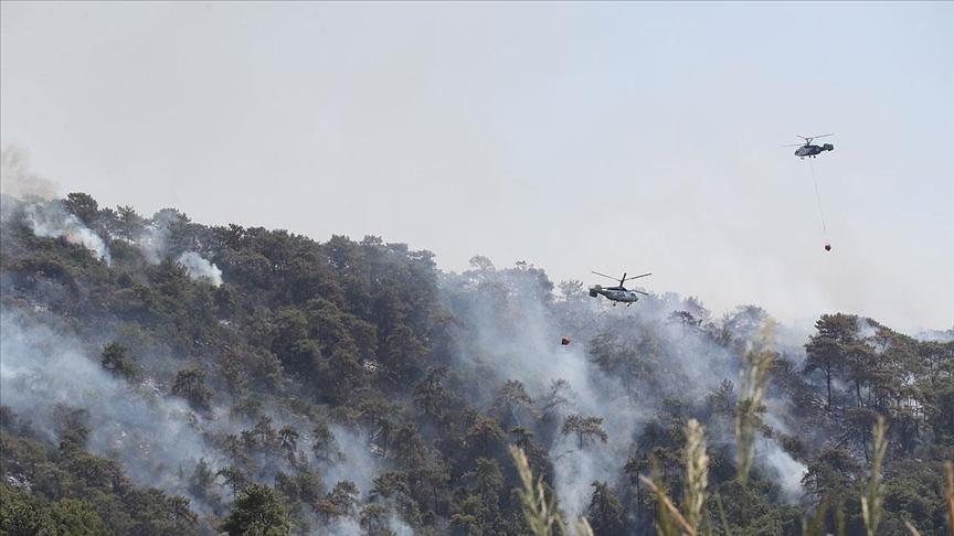 Marmaris'teki orman yangınına müdahale devam ediyor