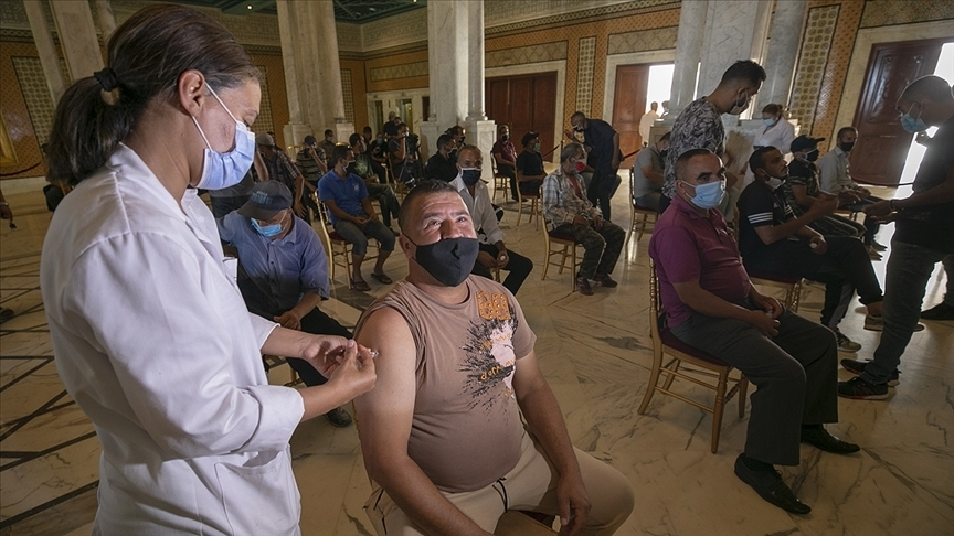 Dünya genelinde 4 milyar 104 milyon dozdan fazla Kovid-19 aşısı yapıldı