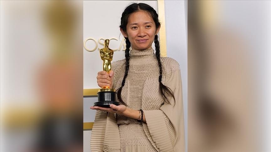 En iyi film Oscar'ını alan 'Nomadland'in yönetmeni Zhao'nun başarısı, ülkesi Çin'de sansüre uğradı