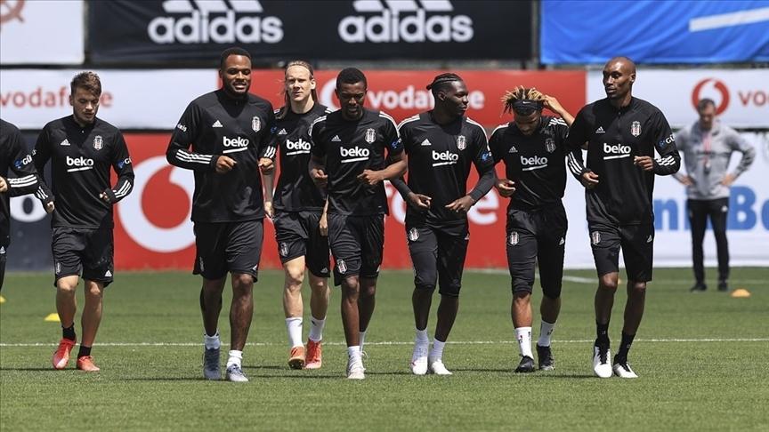 Beşiktaş'ın Göztepe maçı kamp kadrosu belli oldu
