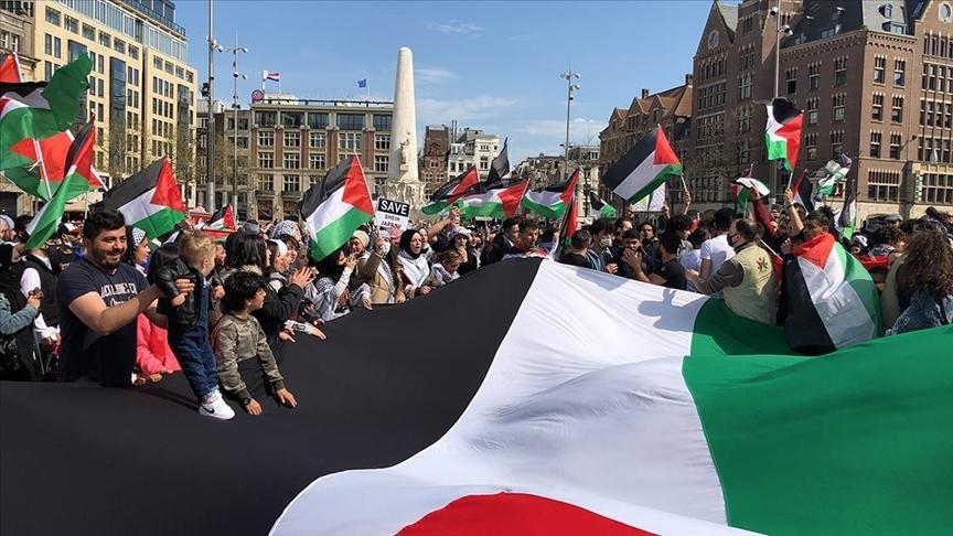 İsrail'in Mescid-i Aksa'daki saldırıları birçok ülkede protesto edildi