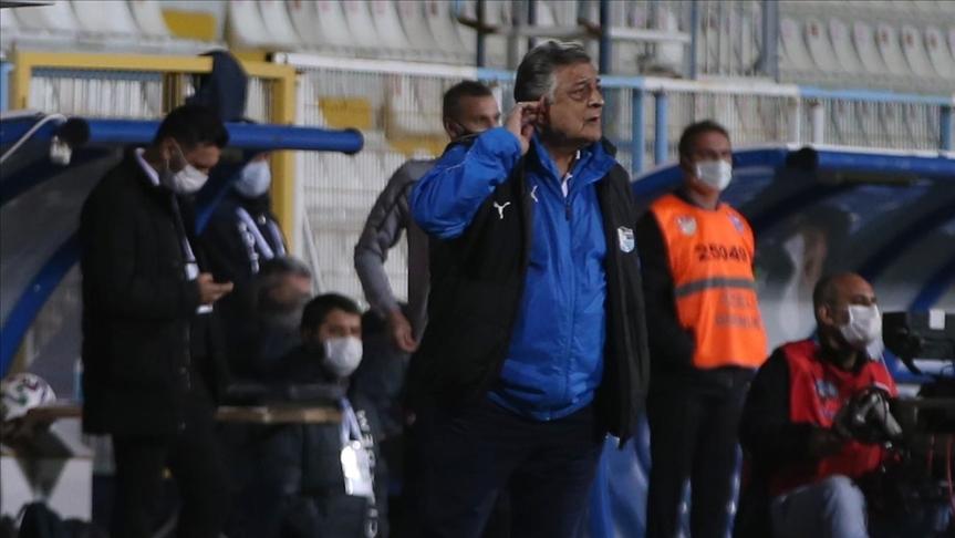 Büyükşehir Belediye Erzurumspor'da teknik direktör Yılmaz Vural ile yollar ayrıldı