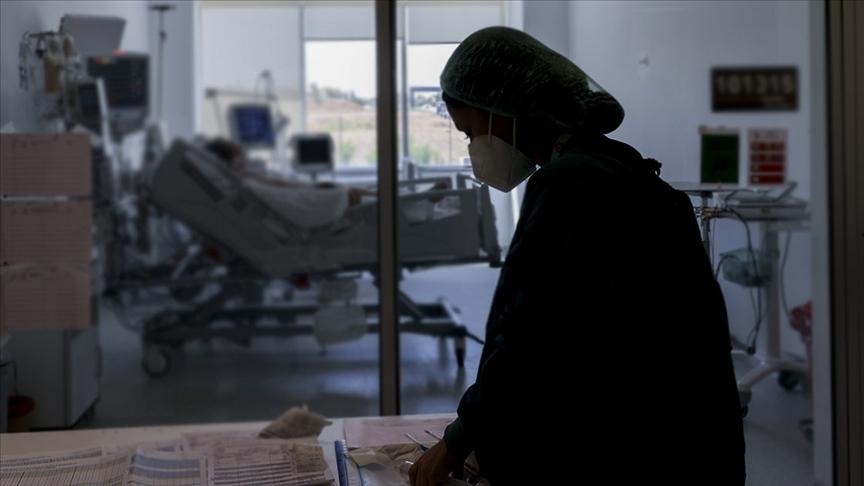 Türkiye'de Kovid-19 nedeniyle vefat edenlerin sayısı 2 ay aranın ardından 100'ü aştı