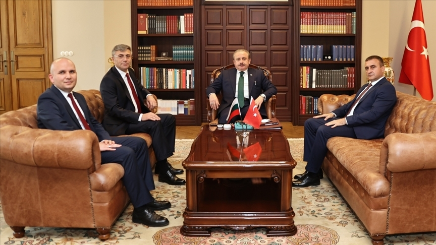 TBMM Başkanı Şentop, Bulgaristan Hak ve Özgürlükler Partisi Lideri Mustafa Karadayı'yı kabul etti