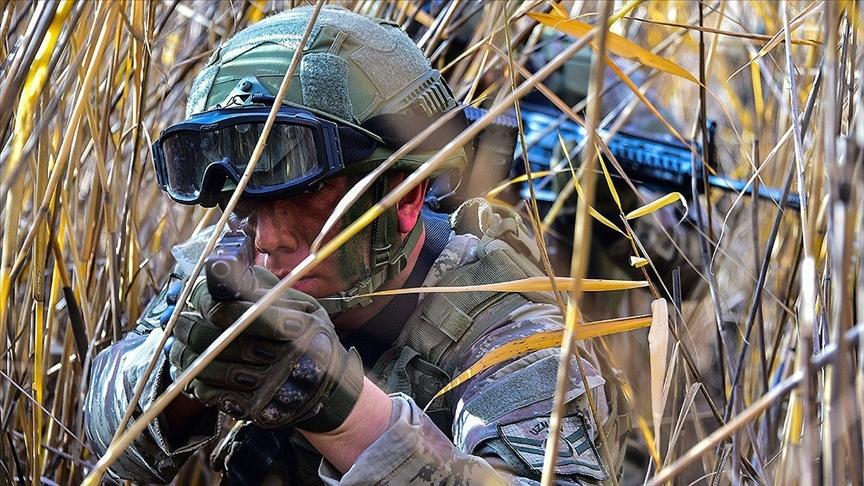 Fırat Kalkanı bölgesinde 2 PKK/YPG'li terörist etkisiz hale getirildi