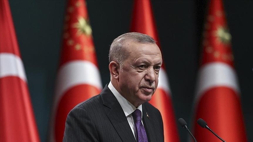 Cumhurbaşkanı Erdoğan, annesi vefat eden Adalet Bakanı Gül'e başsağlığı diledi