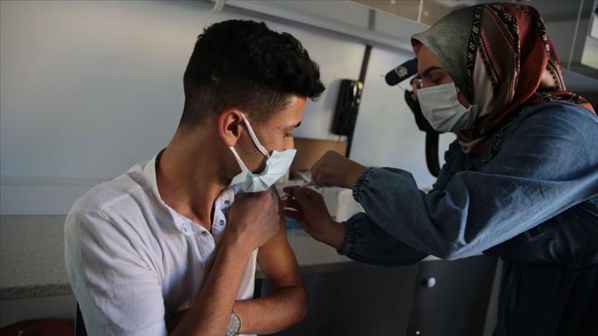 Kovid-19 aşı haritasında son sıradaki Şanlıurfa'da hasta sayısı azaldı, aşılama hızlandı