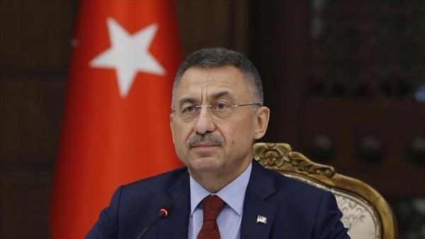 Cumhurbaşkanı Yardımcısı Oktay, şehit Jandarma Teğmen Baki Koçak'ın babasını arayarak taziyelerini iletti