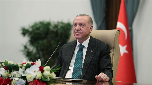 Cumhurbaşkanı Erdoğan Avrupa Şampiyonu milli haltercileri tebrik etti