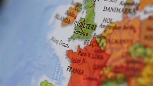 İngiltere, Fransa'yla yaşanan balıkçılık sorunu nedeniyle Jersey adasına iki donanma gemisi gönderdi