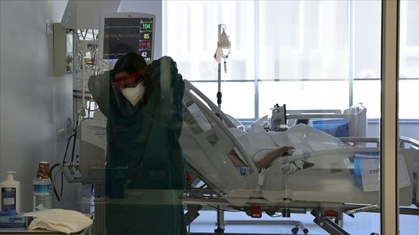 Türkiye'de 10 bin 512 kişinin Kovid-19 testi pozitif çıktı, 223 kişi yaşamını yitirdi