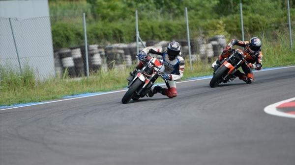 Milli motosikletçiler Avrupa'da piste çıkacak