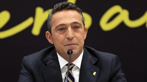 Fenerbahçe Kulübü Başkanı Ali Koç, kadın voleybol takımıyla sezonu değerlendirdi